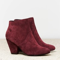 DV by Dolce Vita Gila Boot