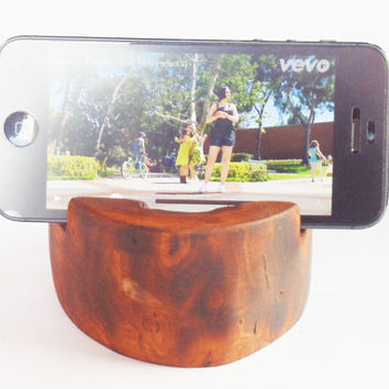 Handcrafted iPhone 6 Dock, Wooden iPhone Holder, Recycled wood iPhone 6 stand, Rustic iPhone holder