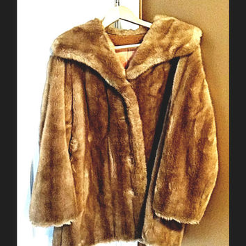 Vintage CAREER ORIGINAL Faux Fur Coat  Size 14  FREE shipping!!!