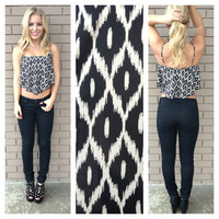 Black & White Cat Eye Print Crop Tank