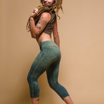 Custom Made to Order Sishandra Capri Yoga Leggings Organic Hemp and Cotton Blend Hand Dyed with Herbs