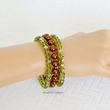 Green and Brown beaded memory wire wrap bracelet ** Free US Shipping ** Five strand bracelet, Beaded bracelet