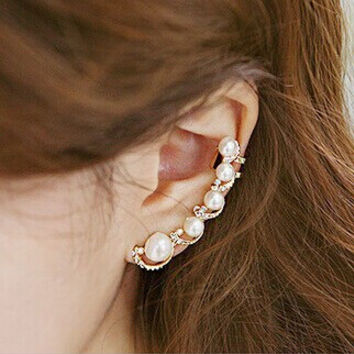 Newest High Quality Simulated Pearl Ear Cuff Exquisite Piercing Clip Earrings Jewelry For Women Ear Cuff Wrap Earrings