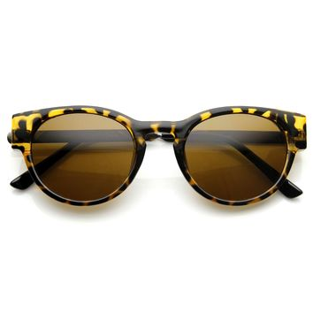 Designer Inspired Metal Arm Cat Eye Fashion Womens Sunglasses 8859