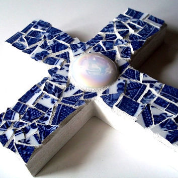 Mosaic Cross // Mosaic Wall Art // Broken China Mosaic // Wall Hanging // Home Decor // Blue and White // Pique Assiette // 9 x 6 inches