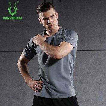 PEAPFS2 Short Sleeve Men Running Shirt Fitness Workout Workout Quick Dry Tops Solid Brethable Sportswear Vansydical