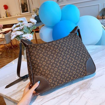 LV Louis Vuitton M2823  Women Leather Tote Handbag Shoulder Bag Shopping Bag Fashion