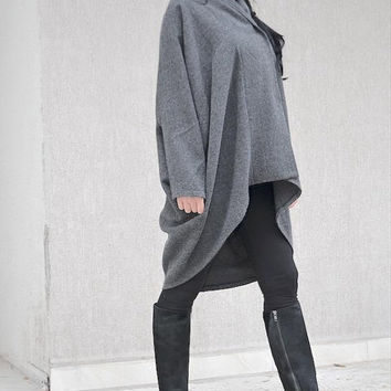 ON SALE Extravagant grey  Jacket /WOMEN Coat / Drape Design coat