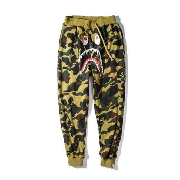 qiyif A Bathing Ape x Green/Yellow Camo Shark Sweat Pants