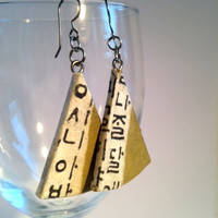 Triangle Olive Green Hangeul Hanji Paper Earrings OOAK Dangle Earrings Handmade Korean Alphabet Hypoallergenic hooks Lightweight