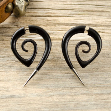 Fake Gauge Earrings Black Spiral Hornet with Metal Tip Gothic Tribal Style Buffalo Black Horn Organic - FG078 H G1