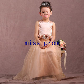 Scoop neckline sleeveless floor-length tulle with flowers sash zipper back flower girl dress