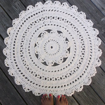 "Ecru Off White Cotton Crochet Rug in Large 30"" Circle Pattern Non Skid"