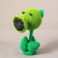 Plants versus Zombies: Peashooter CROCHET DOLL | deadcraft - Dolls & Miniatures on ArtFire