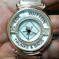 LV 2019 new fashion diamond female quartz watch rose gold