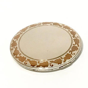Elgin American Compact, Champagne Gold Tone, Leaf Design, Large Round, Textured Cover, Collectible, 1940s, Vintage Compact, Gift For Her