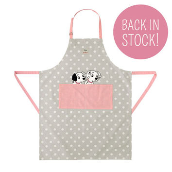 BUTTON SPOT WITH PUPPY PLACEMENT APRON