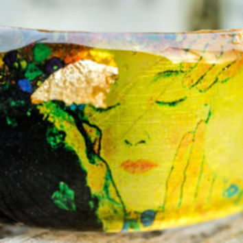 Resin bangle. Silver foil. Original hand painted design print by PAGANE uniques, inspired from the circles in the water