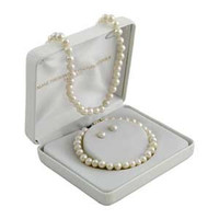 14k Yellow Gold Cultured Freshwater Pearl 3 Piece Set Earrings Necklace Bracelet: