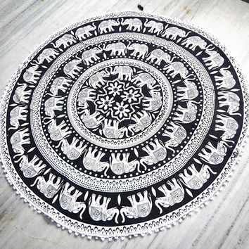 Black and white Mandala Round beach throw, mandala Table cover ,Bed throw ,mandala yoga mat ,round beach towel ,hippie,mandala roundie ,