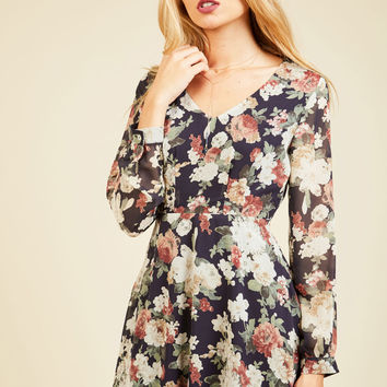 Sweet as Saturday Morning Long Sleeve Dress in Navy Bloom | Mod Retro Vintage Dresses | ModCloth.com