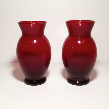 Vintage Ruby Red Flower Vase by ModernFiction on Etsy