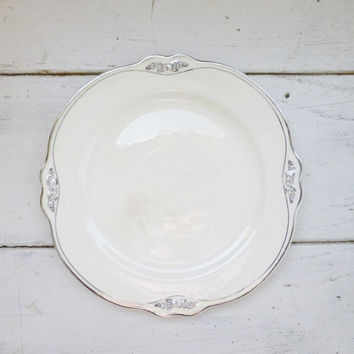 Homer Laughlin Virginia Rose salad plate, fine dining, gold rimmed plate, gold salad plate, vintage dishes, housewarming gift idea, wedding