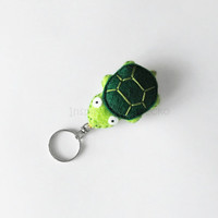 Turtle felt keychain, cute keychain plush, gift idea for pet lovers, stuffed green tortoise, felt accessory for her