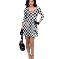 Black & White Diagonal Gingham Stretch Flare Dress