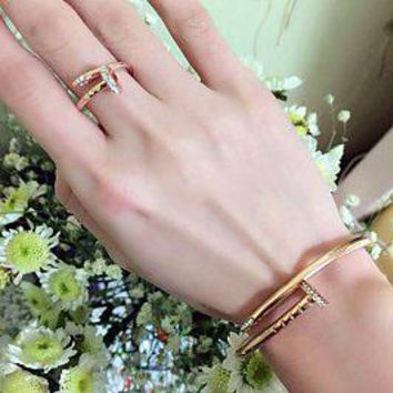 Cartier Fashion Trending Casual Diamond Nail Bracelet Nail Golden G