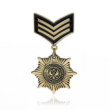 Hot Sale New Arrival Star Trendy Broche Pin 2017 Gothic Bronze Military Medal Brooches For Men And Badges Suit Accessories