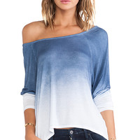 DAYDREAMER Raglan Top in Blue