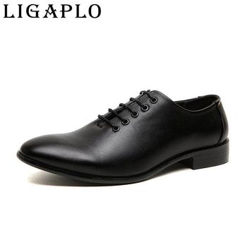 men's lace-up oxfords shoes new spring autumn men leather shoes pointed toe patent leather shoes business casual leather shoes