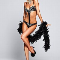 Sexy Little Showgirl
