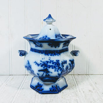 "Flow Blue Sugar Bowl Amoy Pattern by Davenport Antique 5 1/2"" Sugar Bowl Dining Serving Biscuit or Cookie Jar Asian Oriental Scenic Design"