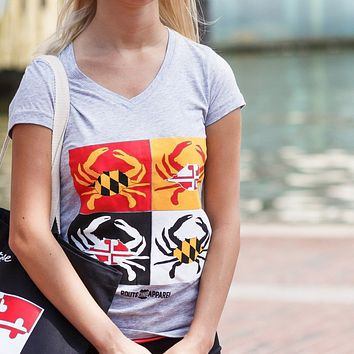 Warhol Crab / Sporty V-Neck Ladies Shirt