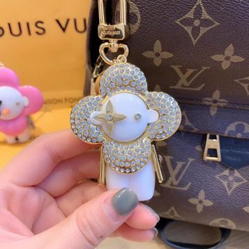 Louis Vuitton Lv Xmas Vivienne Winter Strass Bag Charm And Key Holder White Gold M6737