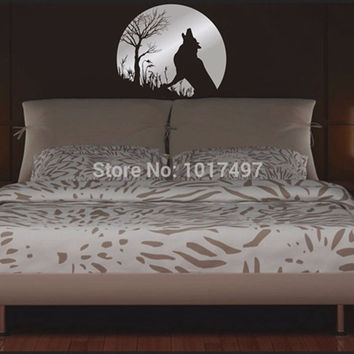 Wolf Howling Twilight - Vinyl Wall Decal Sticker Decor, free shipping,color white black brown .....P2031