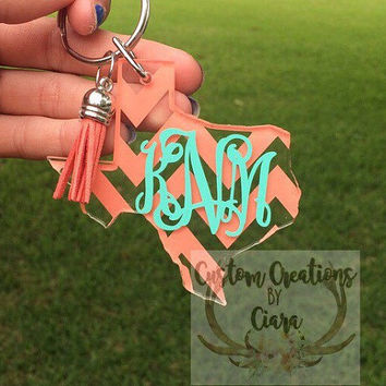 Texas Monogram Keychain - Chevron Pattern - Any Color - Texas Home - Perfect Gift - Key Chain