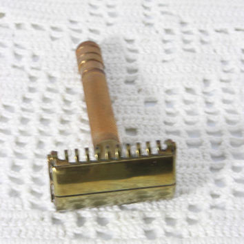 Vintage 1937 Gillette Brass & Copper Sheraton Turn To Open  Safety Razor One Piece Open Comb