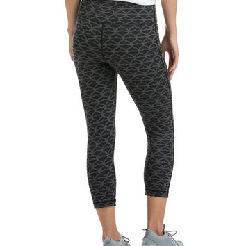 Cropped Whale Tail Leggings