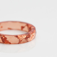 Cinnamon Resin Ring Stacking Ring Pink Gold Flakes Small Faceted Ring OOAK burunt orange rusteam