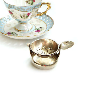 Vintage English Tea Strainer with Holder, Silver plated Tea Strainer with Holder, Made in England tea strainer ,Tea Party Gifts
