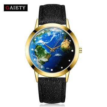 Watches Women 2017 New World Map Fashion Gold Dress Quartz Wristwatch Ladies Leather Sport Retro Clock GAIETY Brand