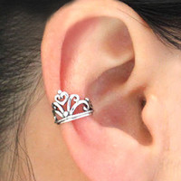 925 pure Silver Vintage Hollow Out Crown Ear Cuff from Fancywanelo