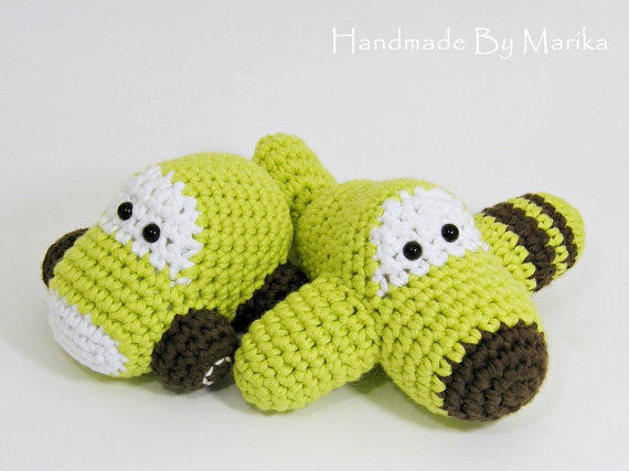 Amigurumi Baby Dragon : Yoki the dragon crochet pattern