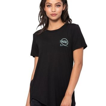 Perspective Long Scoop Tee - Black