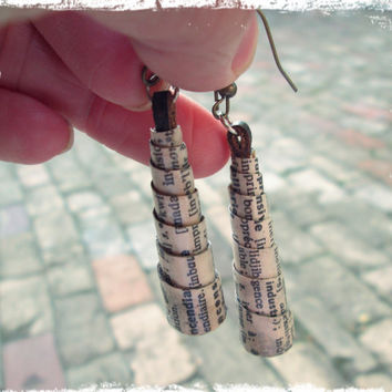 Upcycled, recycled, repurposed Paper earrings - Paper bead earrings - Bohemian earrings - Eco jewelry - French jewelry - First Anniversary