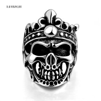 2018 New Punk Chain Devil Skull Rings Accessories For Men Stainless Steel Hollow Skeleton Crown Ring Party Jewelry LPHZQH