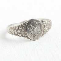 Vintage Sterling Silver Art Deco Signet Ring - Size 5 1/2 Repousse Flower Swirl Monogrammed Initial Jewelry with Fancy Script Letters PBD